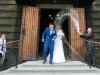 sypanie ryżu - ślub - fotograf Tarnów