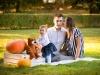 sesja-jesienna-rodzinna-rodzice-i-córka-fotograf-bapacifoto-tarnów-brzesko