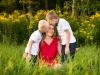 sesja-zdjęciowa-rodzinna-w-Tarnowie-sesja-fotograficzna-w-plenerze-pomysł-na-sesję-rodzinną-mama-i-synowie-natura-fotograf-Nowy-Sącz-Bochnia-Gorlice