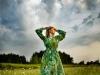 ekspresja-fotografia-portretowa-kobieta-w-zielonej-sukni